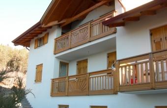 Poggioli in legno Borzaga - Cavareno - Val di Non